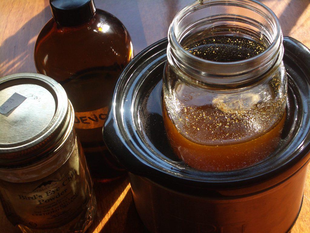 DIY: Herb-Infused Oils – Wintergreen Botanicals & Maria Noel Groves